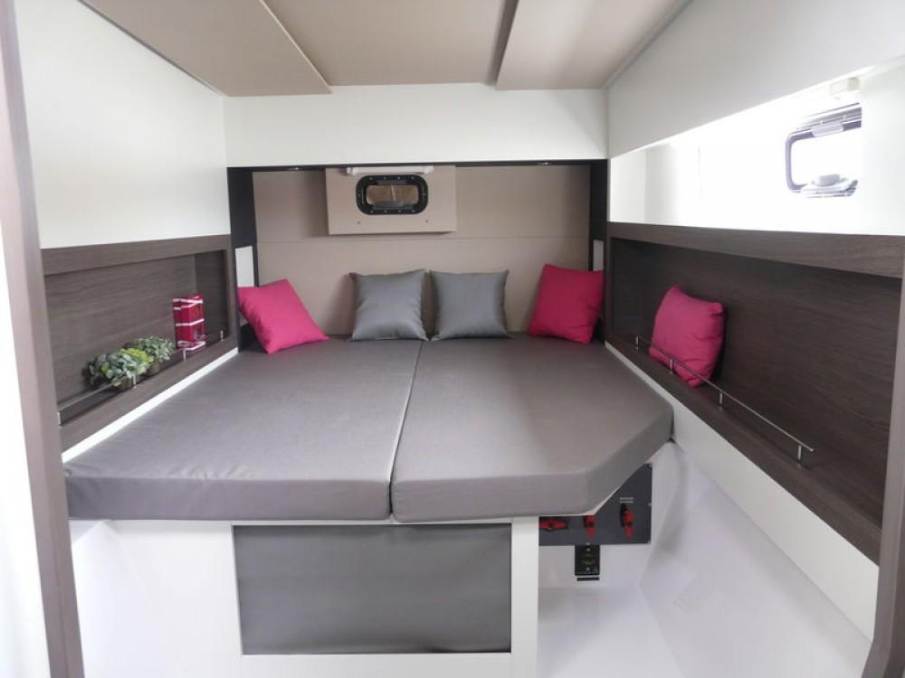 Rental Catamaran in Bois D'orange - Nautitech Nautitech Open 40