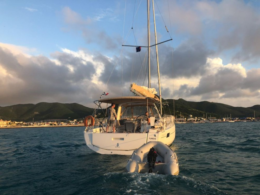 Hire Sailboat with or without skipper Bénéteau Rodney Bay Marina
