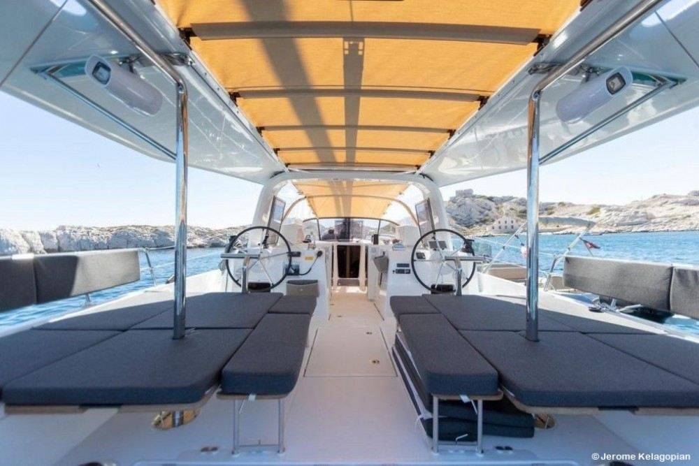 Boat rental Jeanneau Sun Loft 47 in Saint Martin (France) on Samboat