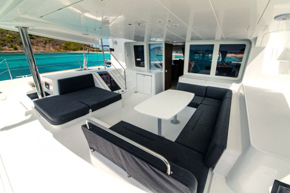 Boat rental Saint Martin (France) cheap Lagoon 52