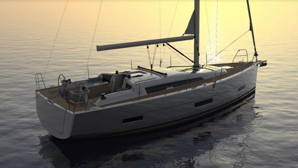 Rental Sailboat in Saint Martin (France) - Dufour Dufour 390