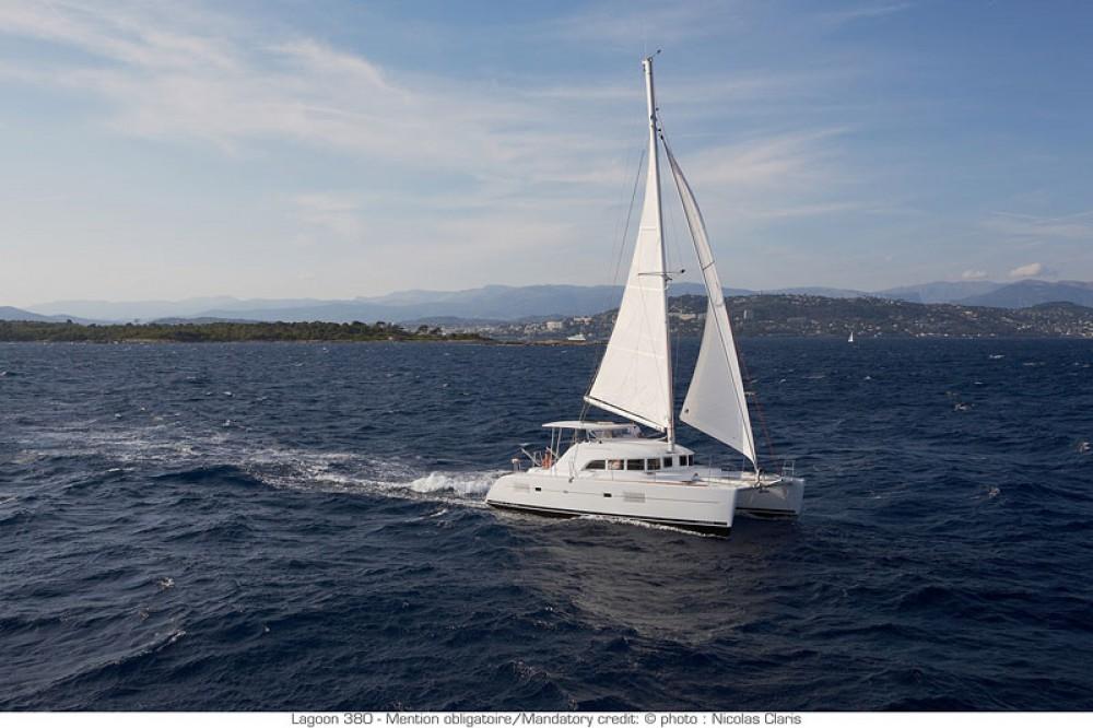 Boat rental Saint Martin (France) cheap Lagoon 380
