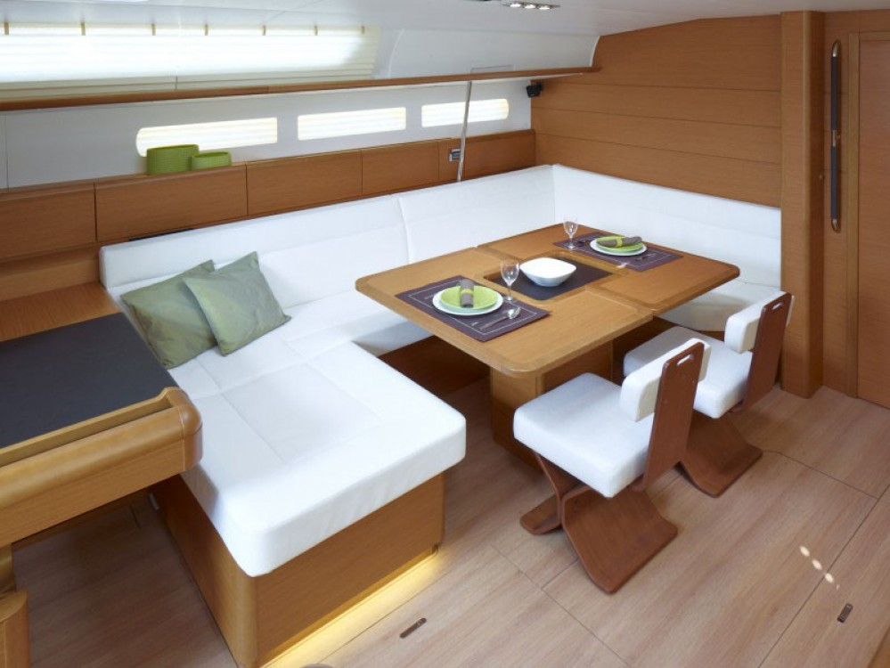 Jeanneau Sun Odyssey 519 between personal and professional Saint Martin (France)
