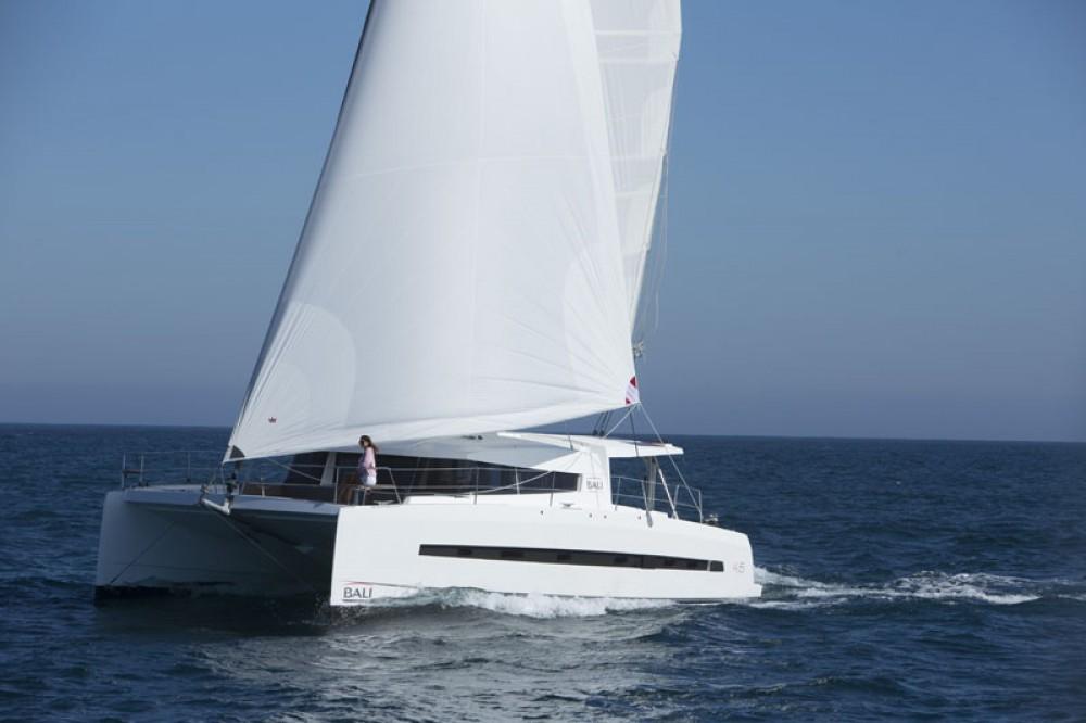 Boat rental Catana BALI 45 in Saint Martin (France) on Samboat