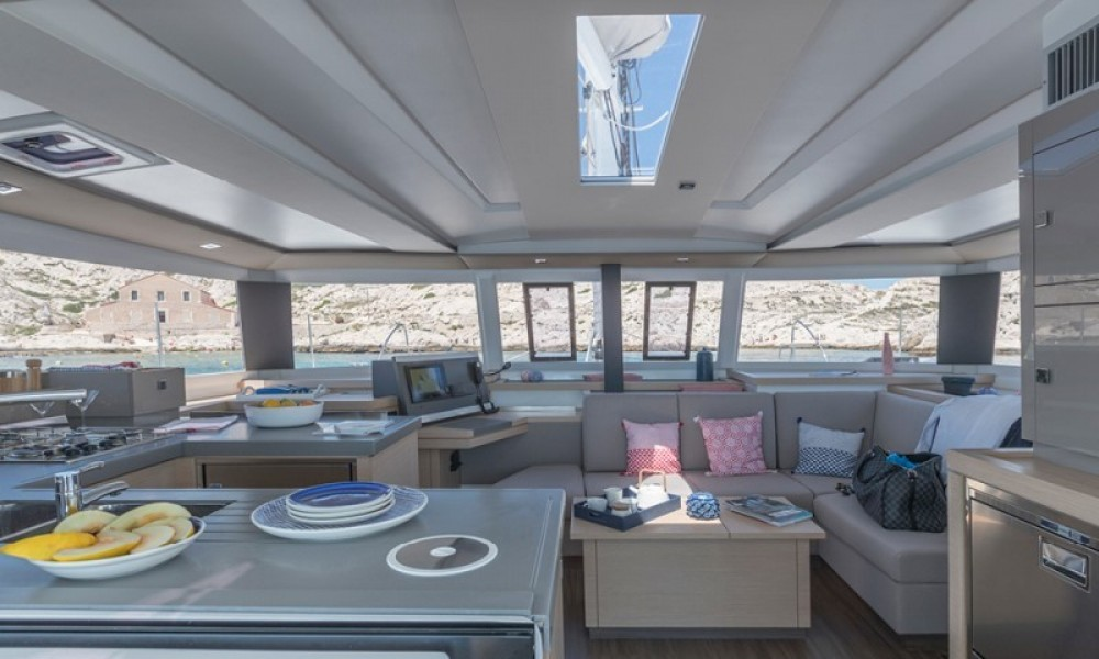 Hire Catamaran with or without skipper Fountaine Pajot La Paz