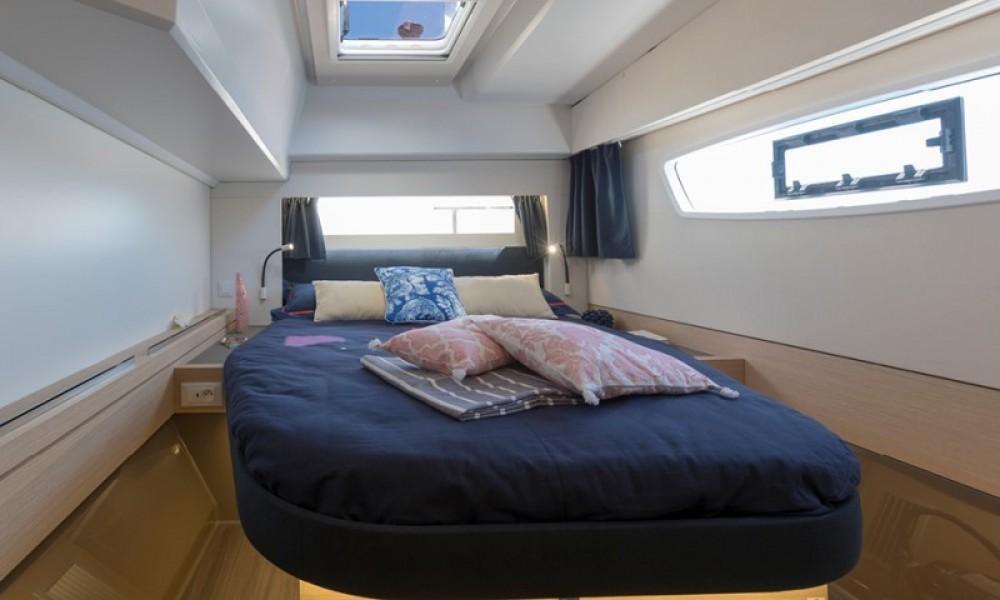 Rental Catamaran in La Paz - Fountaine Pajot Astrea 42