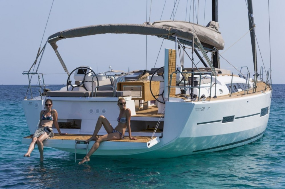 Dufour Dufour 520 GL between personal and professional La Paz