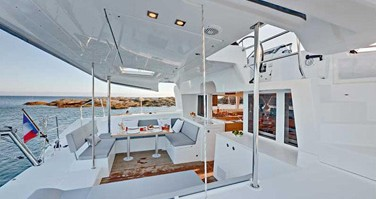 Boat rental La Paz cheap Lagoon 450