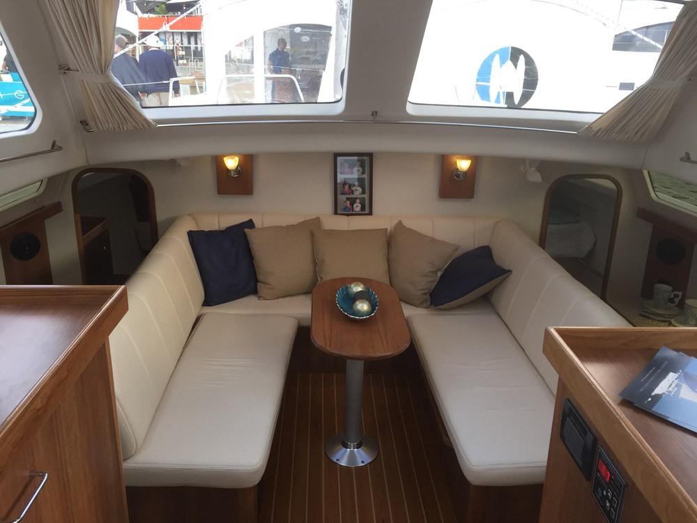 Boat rental Gemini-Catamarans Gemini Legacy 35 in La Trinité-sur-Mer on Samboat