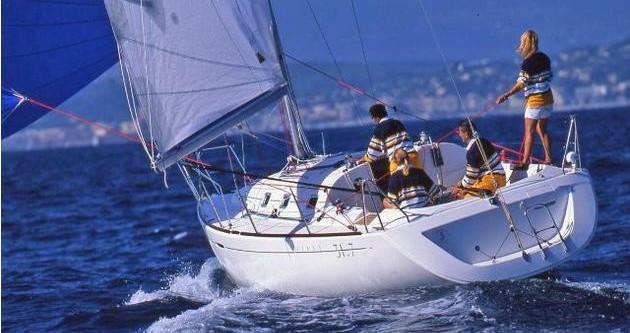 Boat rental La Trinité-sur-Mer cheap First 31.7