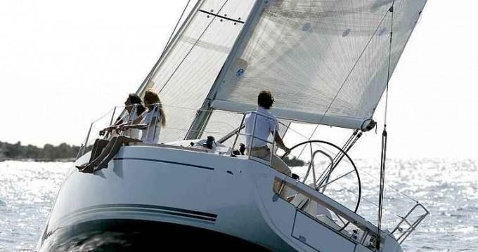Boat rental La Trinité-sur-Mer cheap Dufour 34 Ev