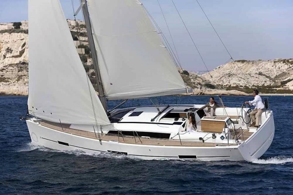 Boat rental La Trinité-sur-Mer cheap Dufour 410 Grand Large