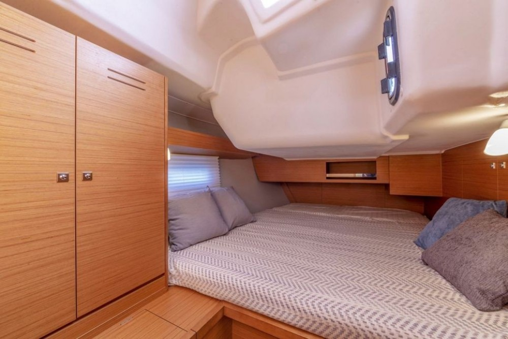Dufour-Yacht Dufour 430 between personal and professional Eastleigh