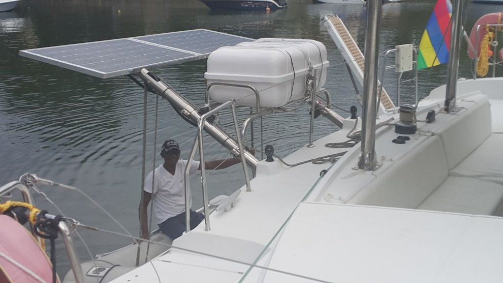 Rental Catamaran in Port Louis - Lagoon Lagoon 440