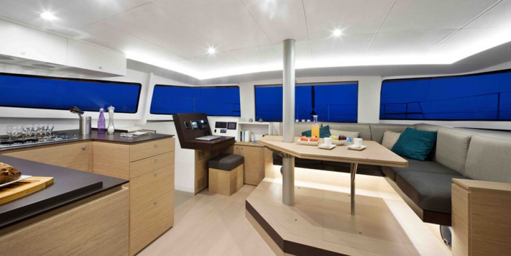 Boat rental Catana Bali 4.5 in Baie Sainte Anne on Samboat