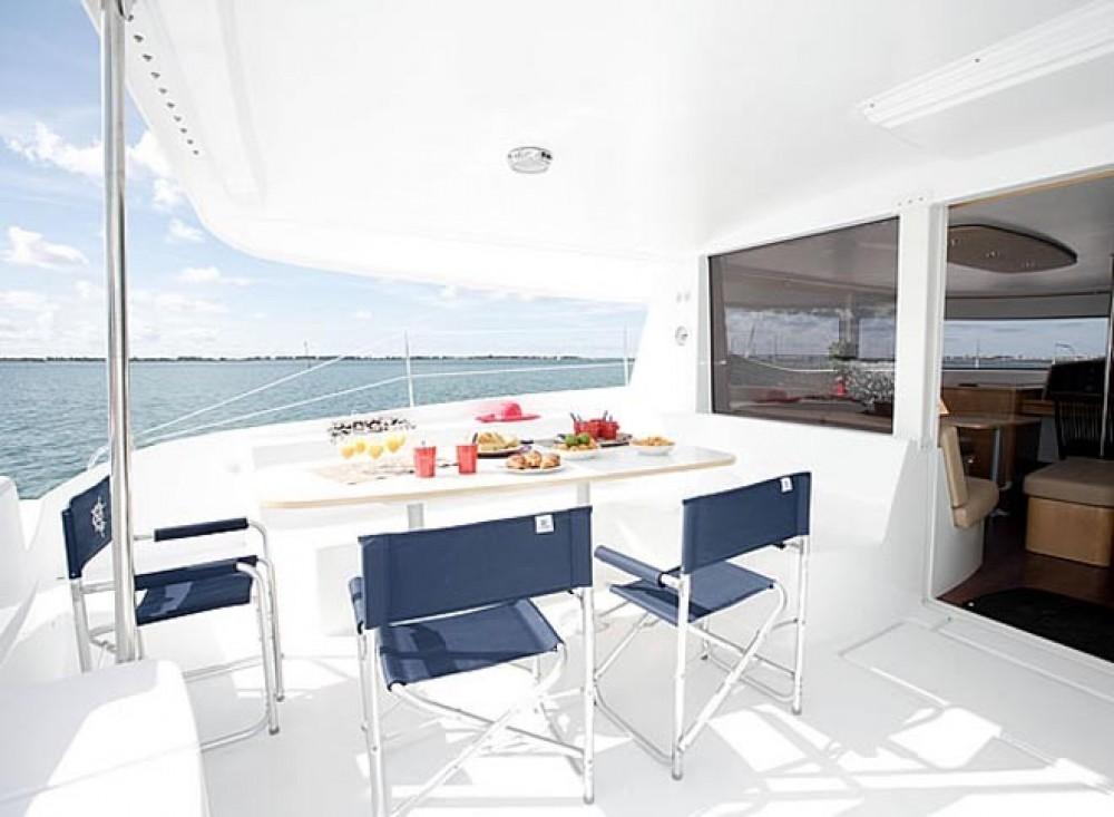 Rental yacht Ajaccio - Fountaine Pajot Salina 48 on SamBoat