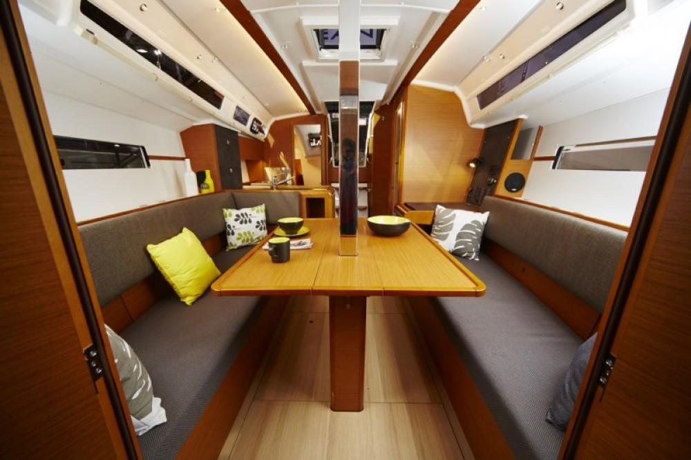 Rental yacht Propriano - Jeanneau Sun Odyssey 349 on SamBoat