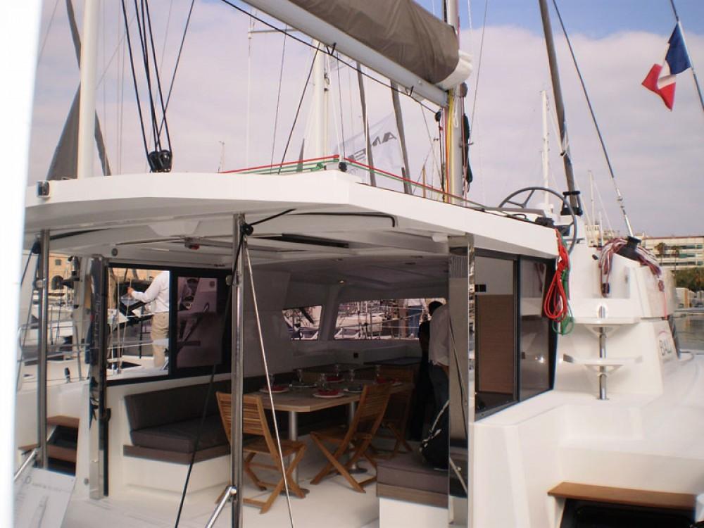 Rent a Bali Catamarans Bali 4.0 Propriano