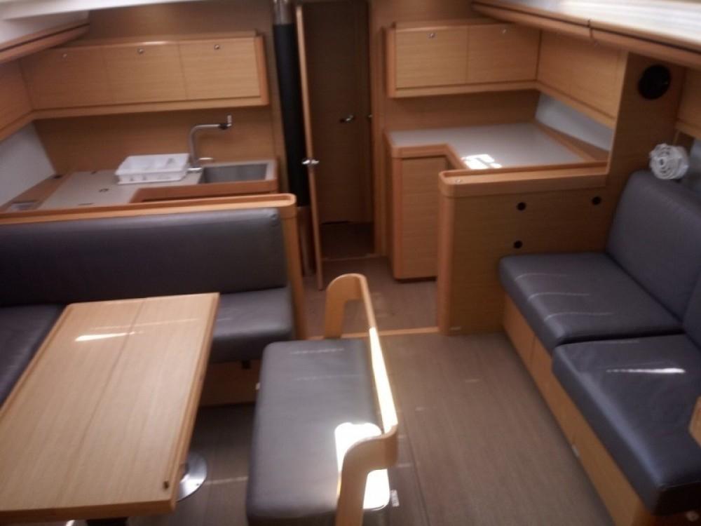 Rental Sailboat in Ajaccio - Dufour Dufour 520 GL