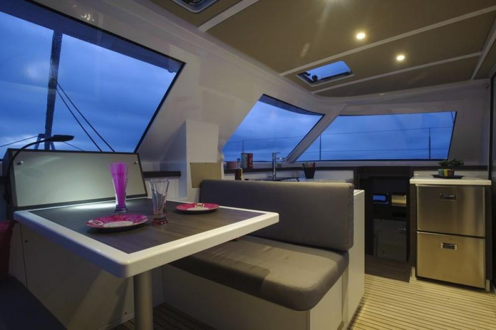 Boat rental Saint-Mandrier-sur-Mer cheap Nautitech Open 40