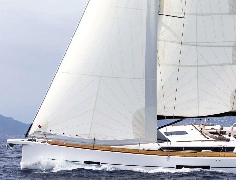 Boat rental Dufour Dufour 520 GL in Olbia on Samboat