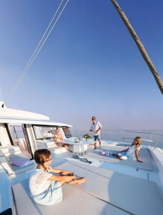 Rental Catamaran in Napoli - Bali Catamarans Bali 5.4