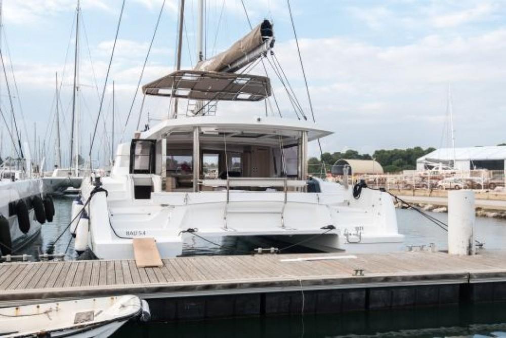 Boat rental Napoli cheap Bali 5.4