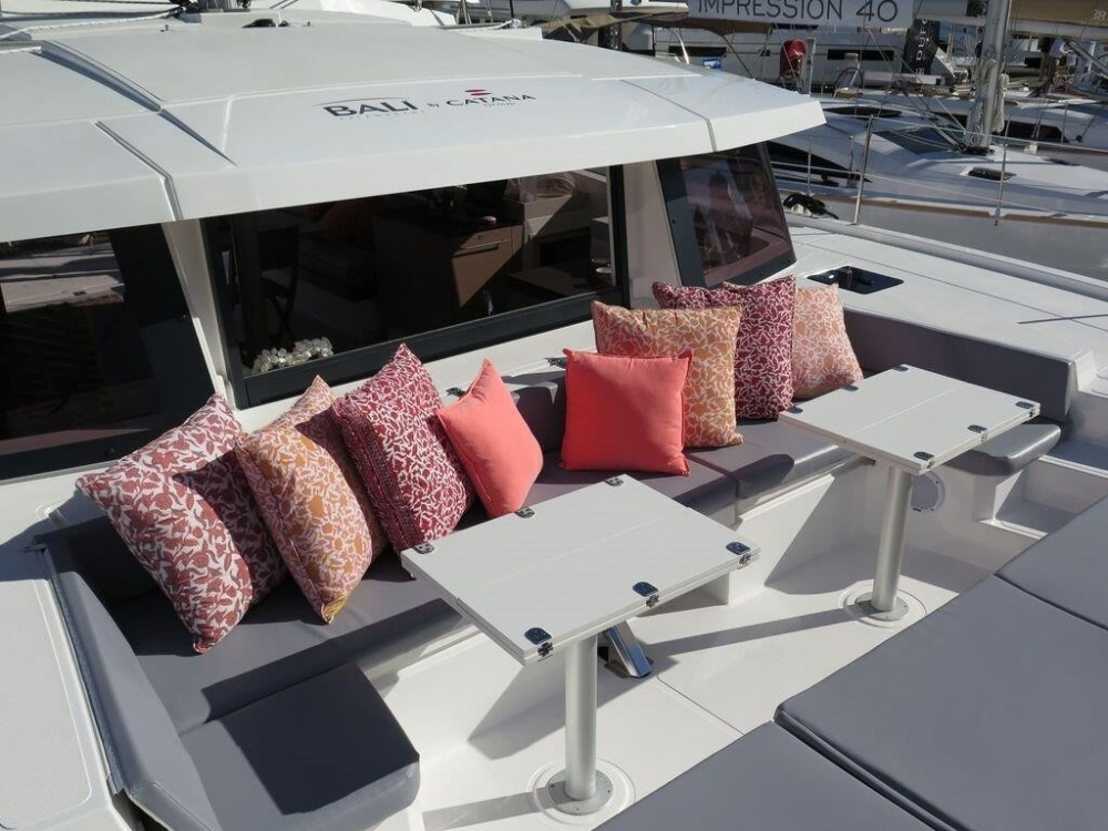 Hire Catamaran with or without skipper Catana Naples