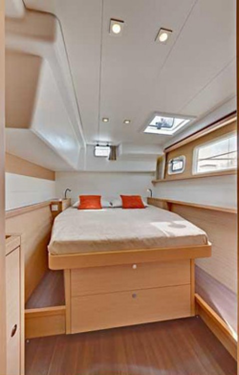 Boat rental Naples cheap Lagoon 450