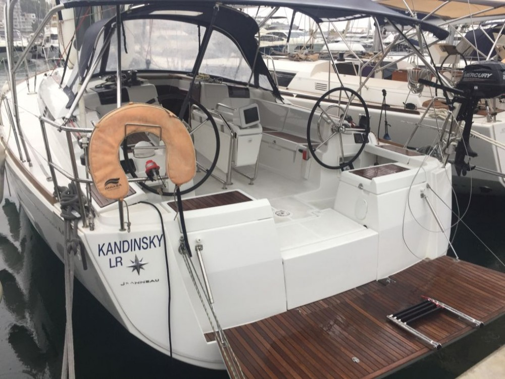 Hire Sailboat with or without skipper Jeanneau Naples
