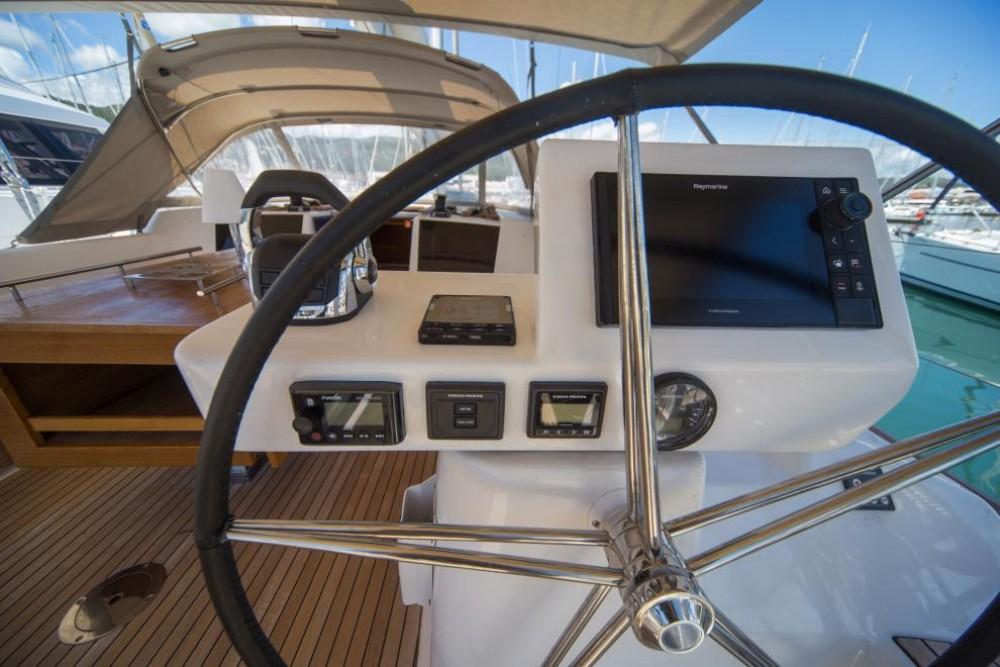 Rental Sailboat in Palma - Dufour Dufour 520 GL