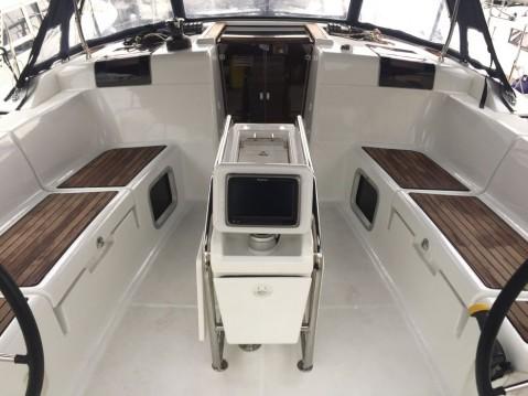 Boat rental Palma cheap Sun Odyssey 449