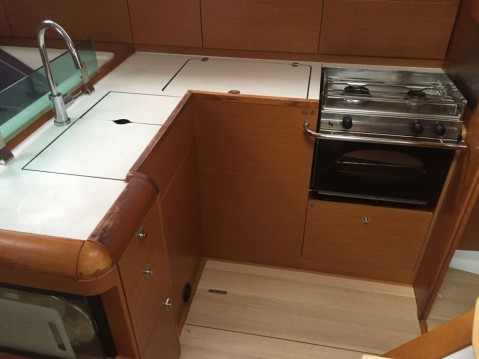 Jeanneau Sun Odyssey 449 between personal and professional Palma