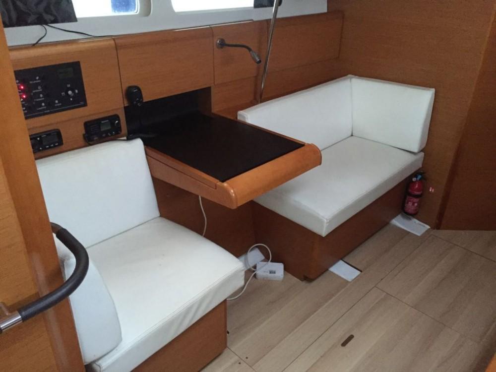 Rental yacht Palma - Jeanneau Sun Odyssey 449 on SamBoat