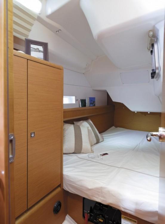 Rental Sailboat in Göcek - Jeanneau Sun Odyssey 389