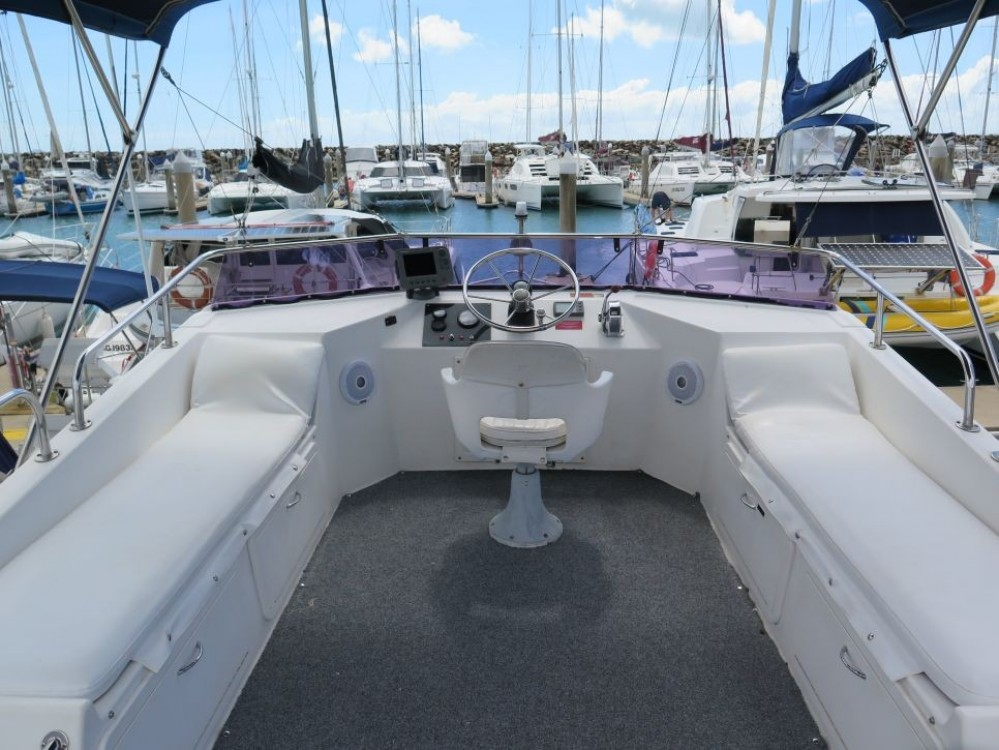 Rental Motor boat in Airlie Beach - Fairway Fairway 36