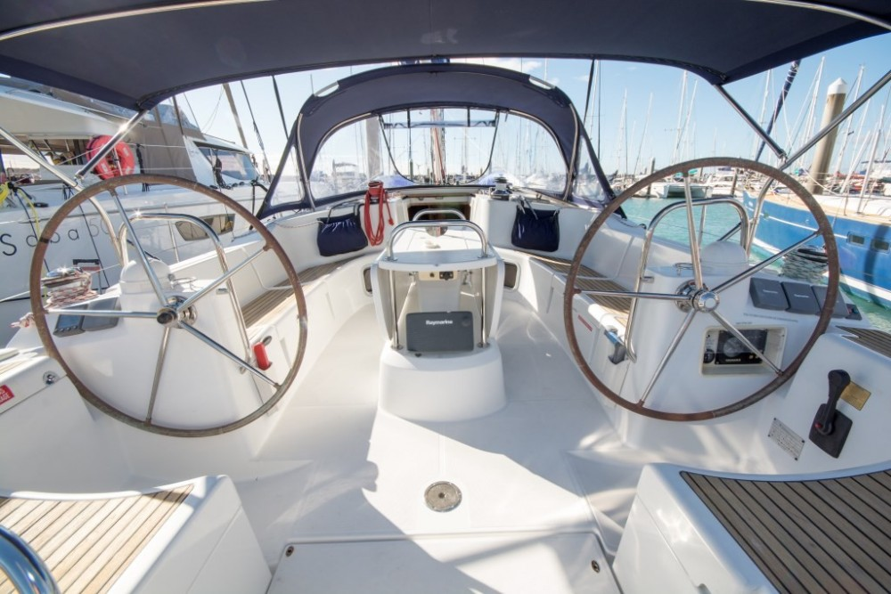 Jeanneau Jeanneau 44i between personal and professional Airlie Beach