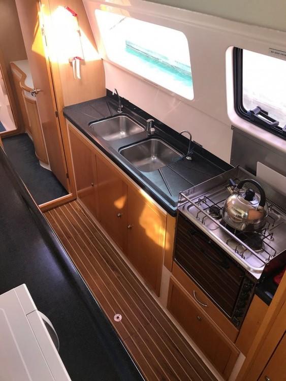 Boat rental Airlie Beach cheap Seawind 1250