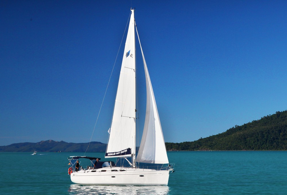Boat rental Airlie Beach cheap Bavaria 40