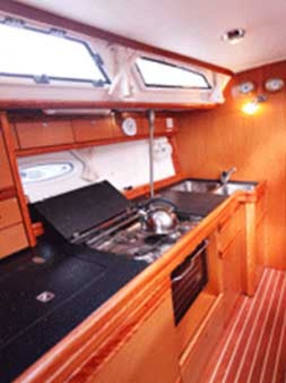 Rent a Bavaria Bavaria 40 Airlie Beach