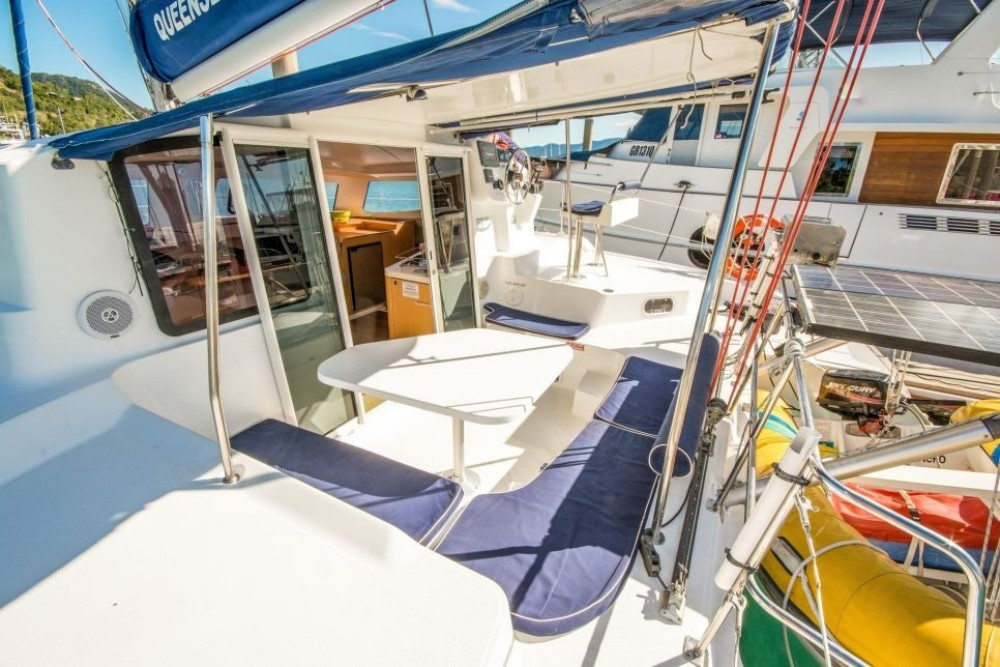 Boat rental Fountaine Pajot Mahe 36 Evolution in Airlie Beach on Samboat