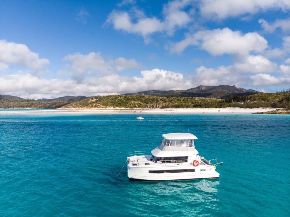 Rental Catamaran in Nouméa - Fountaine Pajot My 37