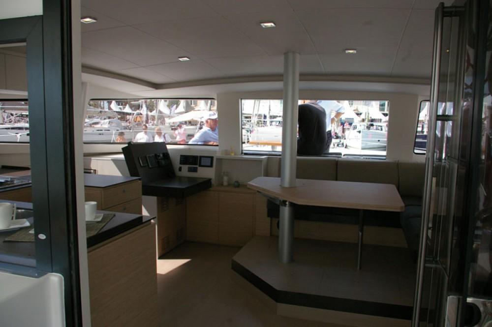 Rental Catamaran in Papeete - Catana Bali 4.5