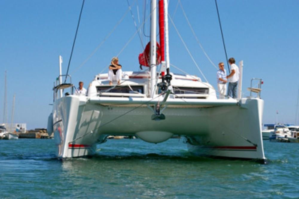 Boat rental Catana Catana 42 Carbon Infusion in Papeete on Samboat