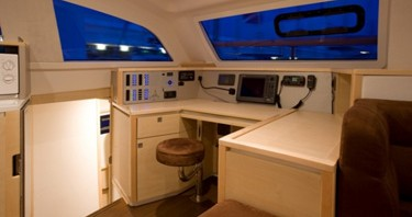 Catana Catana 42 Carbon Infusion between personal and professional Papeete