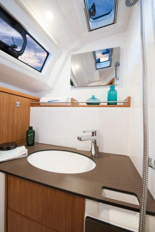 Boat rental Bavaria Cruiser 37 in Šibenik on Samboat