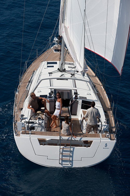 Rent a Bénéteau Oceanis 45 Trogir
