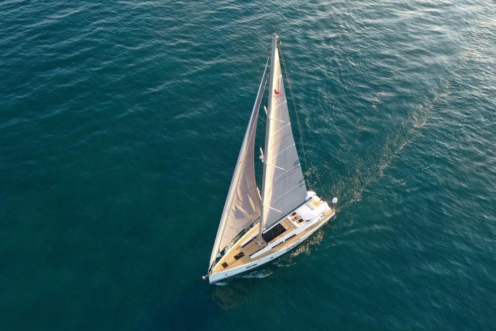 Rental Sailboat in Croatia - Hanse Hanse 675 - 3 cab.