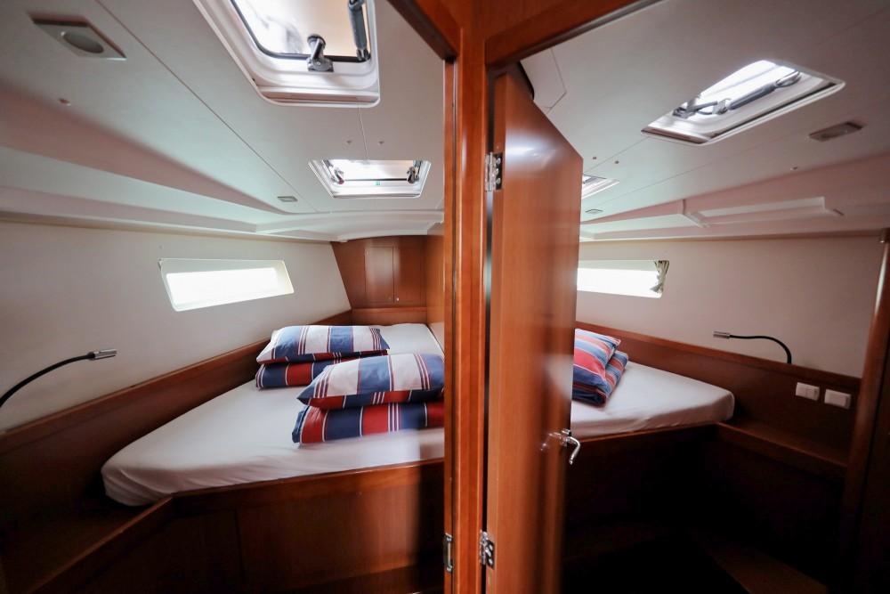 Rental yacht Općina Sukošan - Bénéteau Oceanis 45 on SamBoat