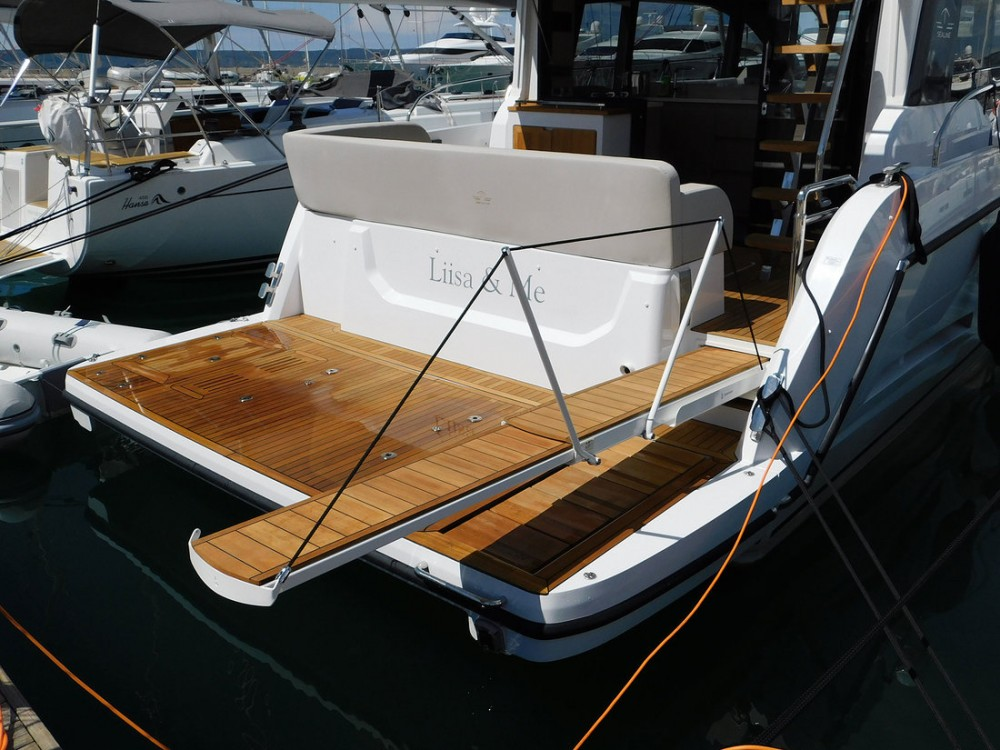 Hire Motor boat with or without skipper Sealine Croatia